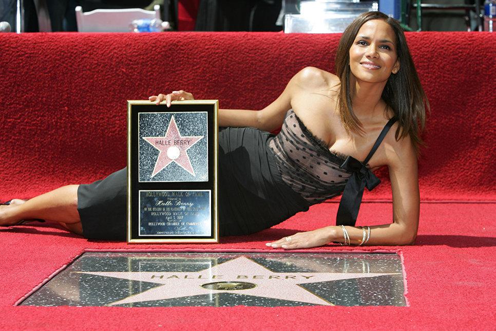 Холли Берри стала обладательницей звезды