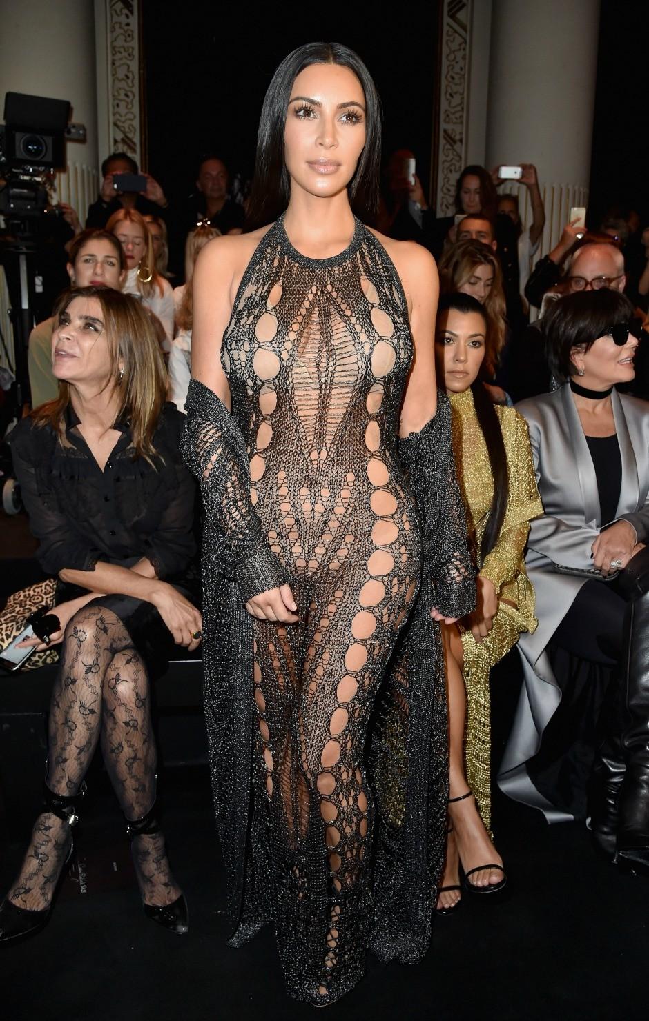 Самые известные «голые» платья 2016 года