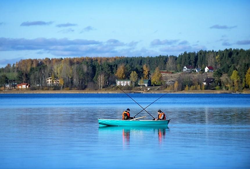 Отдых с рыбалкой в Ленинградской области