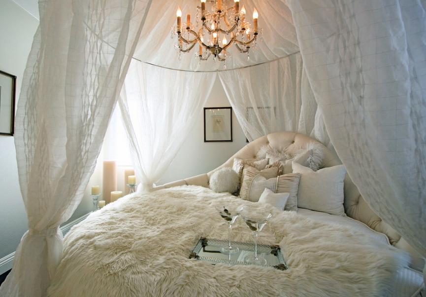 Как украсить квартиру для первой брачной ночи