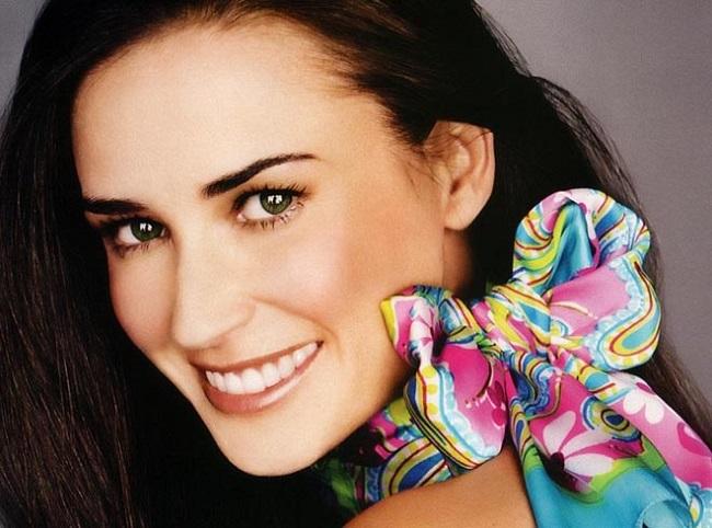 Знаменитости любят антивозрастную стоматологию
